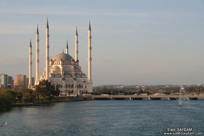 Central Sabanci Mosque (The Largest Mosque in Turkey and Middle East) Photo Gallery 1 (Adana)
