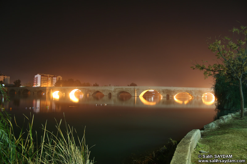 Stone Bridge (Taskopru) Photo Gallery 2 (Night) (Adana)