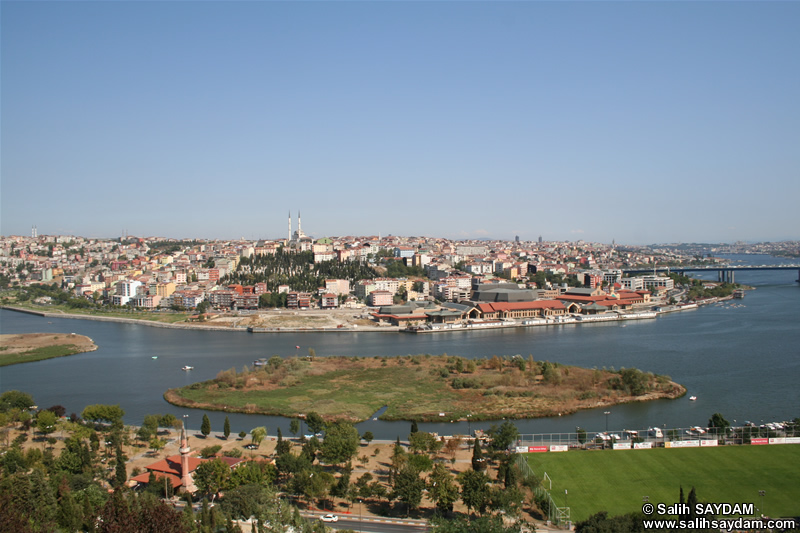 Istanbul Sightings from Hill of Pierre Lotti Photo Gallery 1 (Istanbul)