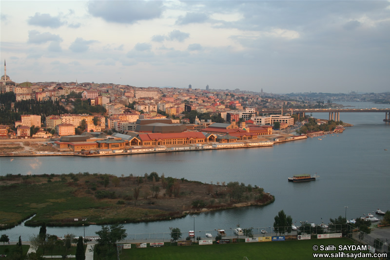 Istanbul Sightings from Hill of Pierre Lotti Photo Gallery 2 (Istanbul)