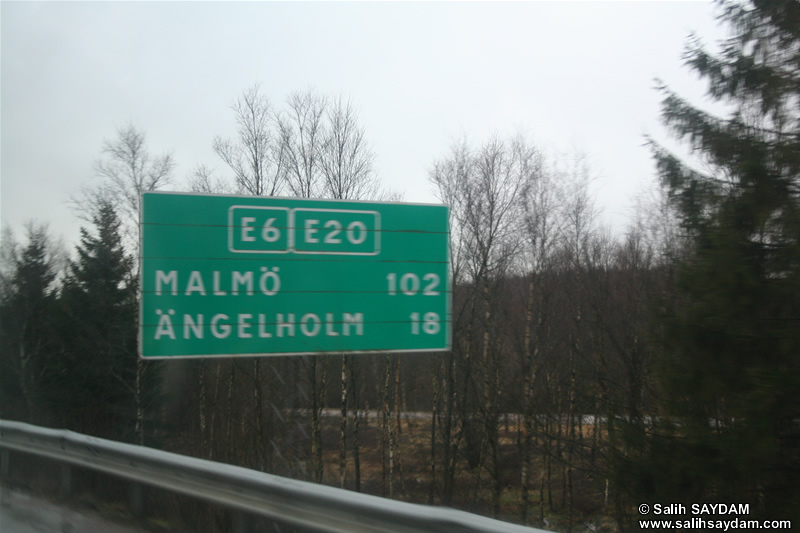 Between Gothenburg and Malmo On Road Photo Gallery 1 (Sweden)