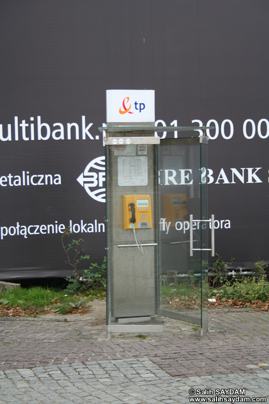 Telephone Cabin Photo (Warsaw, Poland)